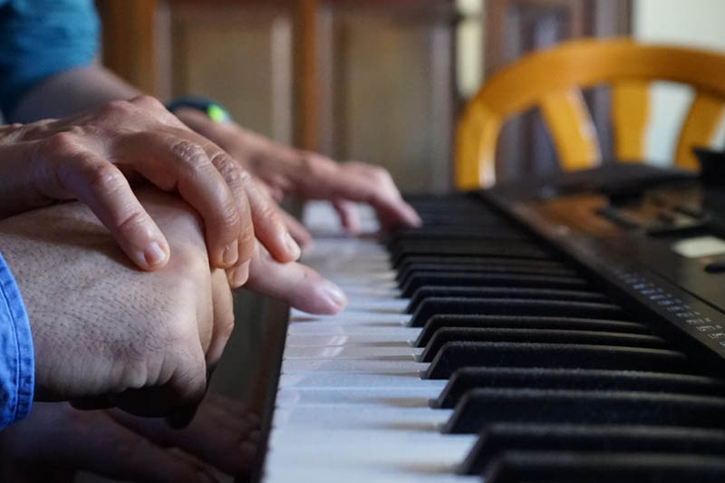 Foto Musicoterapia